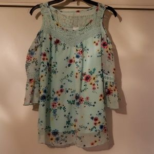 Girl's youth blouse/brand new
